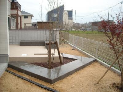タイルテラス/お庭