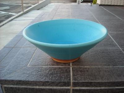 和モダンの庭/陶器の水鉢