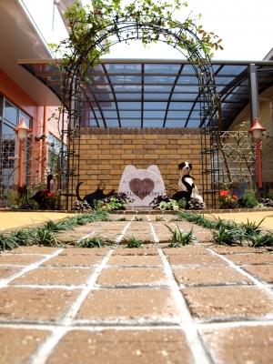 宮城県仙台市/モニュメントへのアプローチ/エクステリア&ガーデンのジーランド