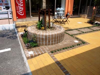 宮城県仙台市/タイルに埋め込まれたライト/エクステリア&ガーデンのジーランド