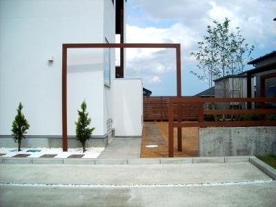 宮城県仙台市/フレームのゲート/エクステリア&ガーデンのジーランド