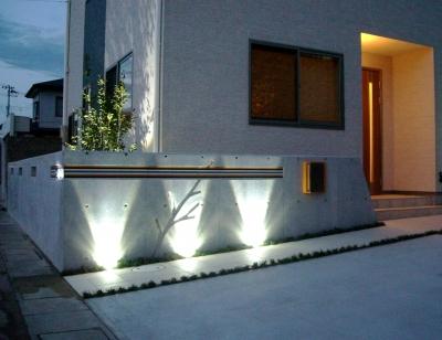 宮城県石巻市/LEDライトでシャープな印象のエクステリア/ガーデン&エクステリアのジーランド