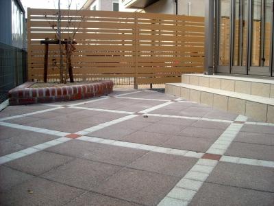 宮城県名取市/舗装はインターロッキング/エクステリア&ガーデンのジーランド