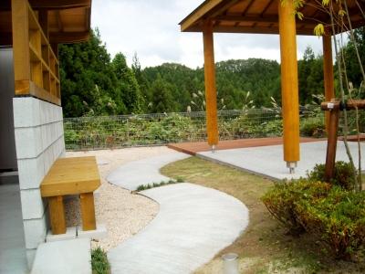 宮城県仙台市/四阿へのアプローチ/エクステリア&ガーデンのジーランド