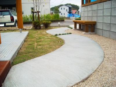 宮城県仙台市/アプローチの仕上がり/エクステリア&ガーデンのジーランド