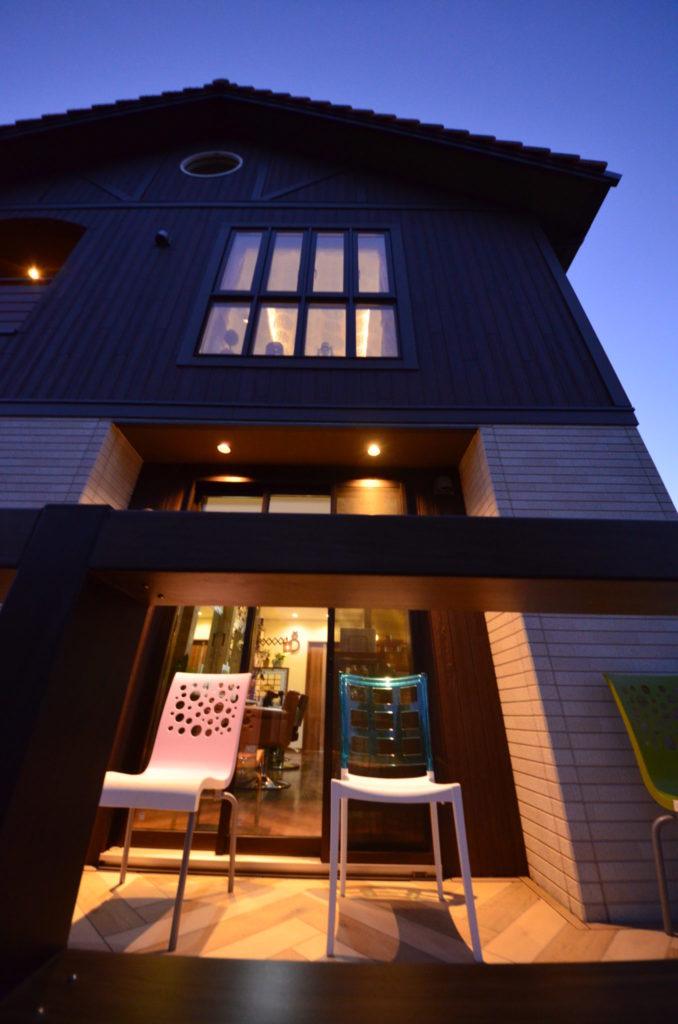 おしゃれなヘアサロン グランティの外構/テラス 設計施工:宮城県仙台市ジーランド